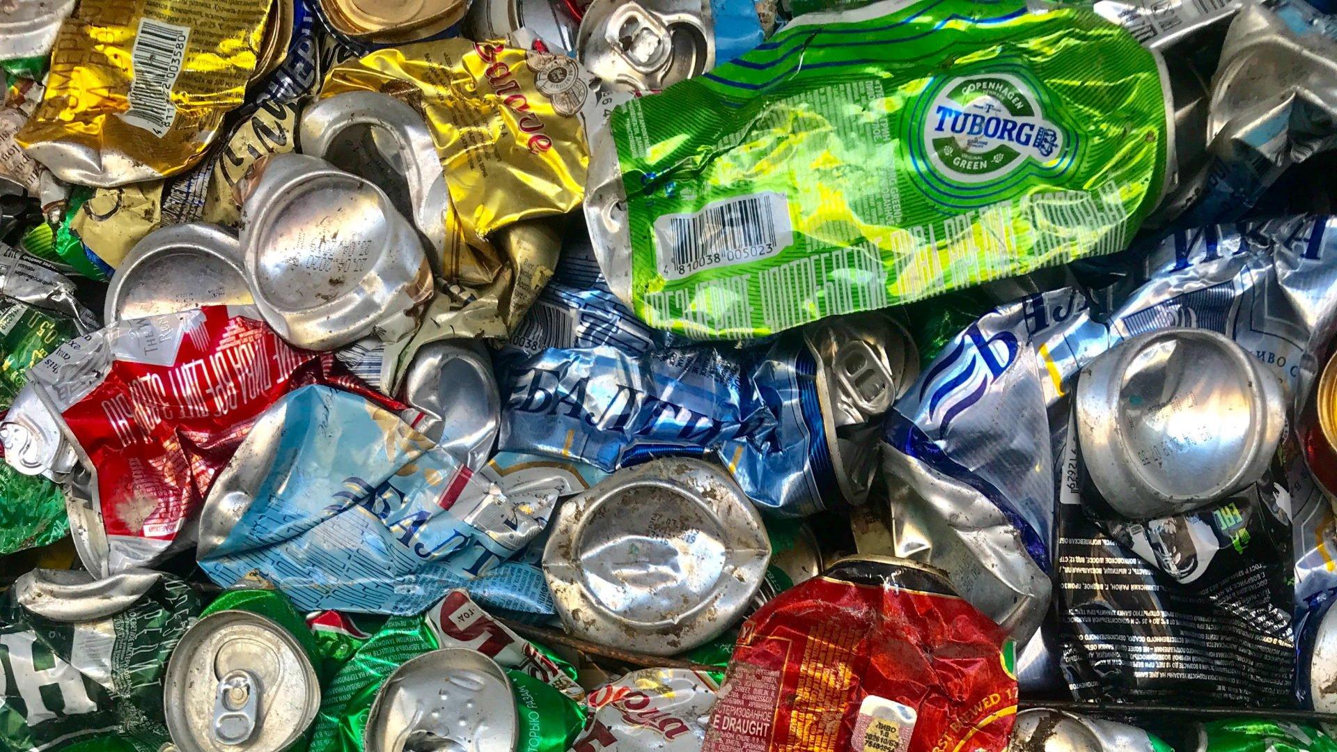 Maste dåser til genbrug, stock, unsplash
